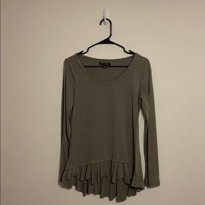 BANANA REPUBLIC Grey Knit Ruffle L/S Size Small